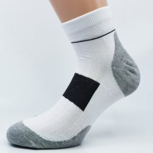 Gladka bombažna športna nogavica - siva/bela