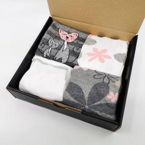 Darilni paket Cats And Flowers - 4 quarter nogavice